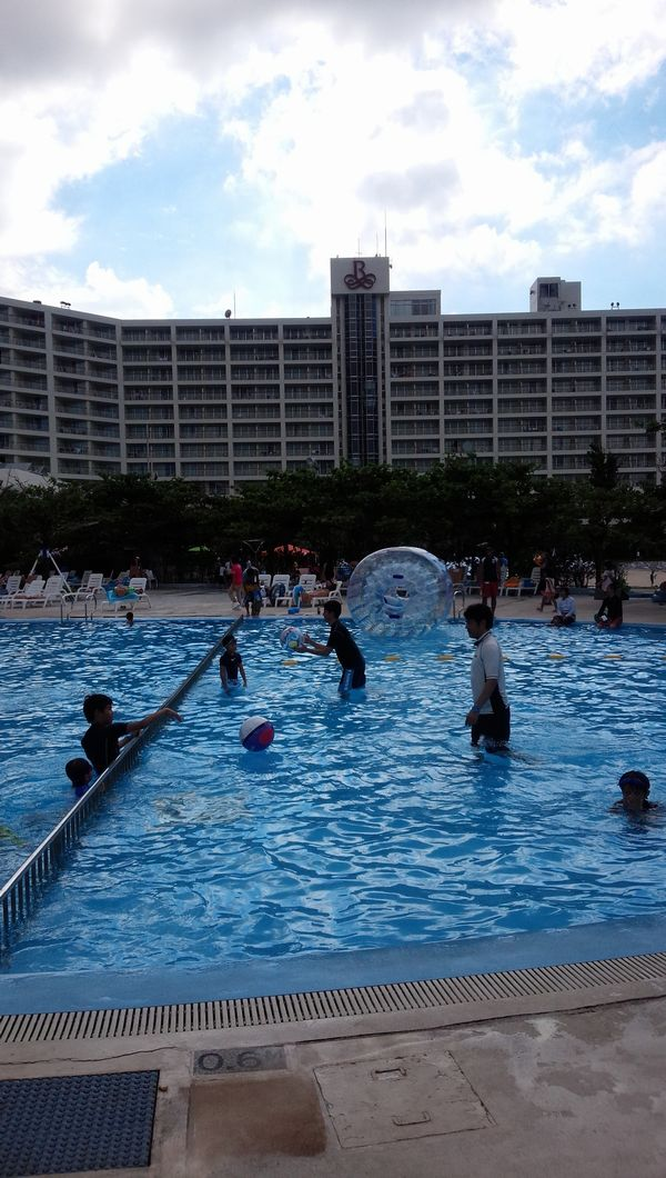 楽しいプール